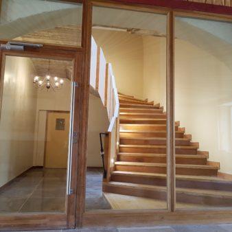 Montee-d-escalier